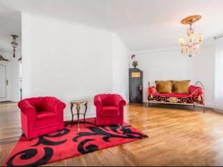 Paris baroque's place in 10th  district - Paris vacation rentals