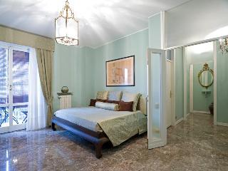 Monolocale zona Bocconi - Milan vacation rentals