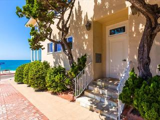 Beachfront Bliss IV - Just steps from the beach - La Jolla vacation rentals
