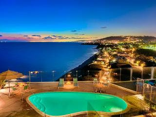 Beautiful Vacation Location - Amazing View, Beautiful Beach, BBQ and Pool! - Dana Point vacation rentals