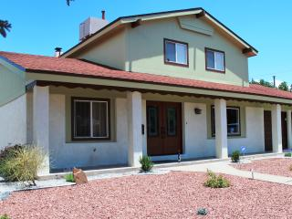 Spacious, Functional & Renovated Home (Dog Frndly) - Albuquerque vacation rentals
