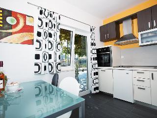Apartments Zambarlin-Apartment Domina - Komiza vacation rentals
