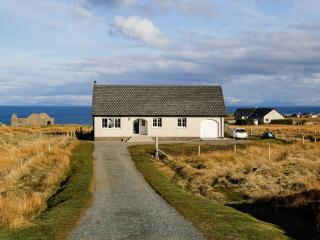 3 bedroom Cottage with Internet Access in Stornoway - Stornoway vacation rentals