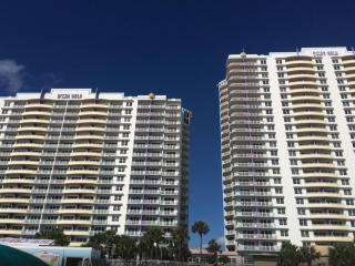 OCEAN WALK 3 BEDROOM DELUXE - Daytona Beach vacation rentals
