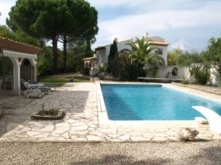 3 bedroom Villa with Shared Outdoor Pool in Maraussan - Maraussan vacation rentals