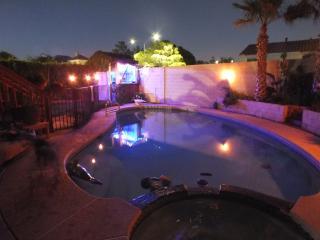 4BD POOL/Jacuzzi /Cabana/WIFI/Cable - Las Vegas vacation rentals