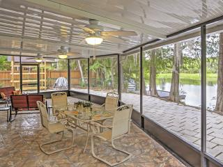 Captivating 3BR Dunnellon House w/Wifi, Private Patio & Gorgeous Bayou Scenery - Easy Access to Rainbow River, Shops, Restaurants & More! - Dunnellon vacation rentals