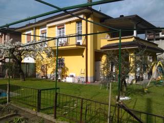 Romantic 1 bedroom Condo in Pisogne - Pisogne vacation rentals