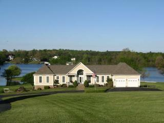 Paradise Point  @ (Sunset Harbour) - Mineral vacation rentals