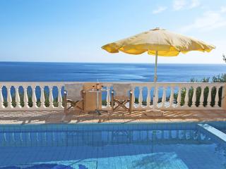 Villa,nice sea view,close to the sea,private pool - Achlia vacation rentals