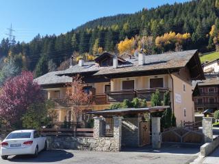 Casa con Mansarda a due passi da Bormio - Valdisotto vacation rentals