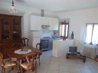 1 bedroom Condo with Parking in Staggia - Staggia vacation rentals