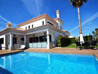 Villa Lina, next to beach , restaurants, supermark - Sesmarias vacation rentals