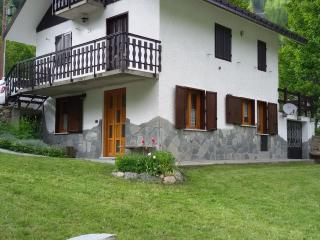 Nice Condo with Swing Set and Television - Ceresole Reale vacation rentals