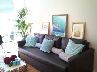 2 bedroom Apartment with Washing Machine in Carcavelos - Carcavelos vacation rentals