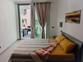 Gorgeous 2 bedroom Vacation Rental in Portoscuso - Portoscuso vacation rentals