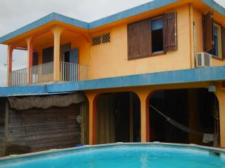 3 bedroom House with Washing Machine in Les Abymes - Les Abymes vacation rentals