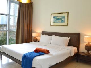 Vacation Bay Pool View Apartment -48591 - Dubai vacation rentals