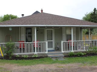Welcome to Cozy Corner Cottage in Kingsport, NS - Canning vacation rentals