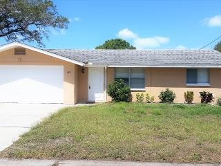House On Walking Distance To Nokomis Beach - Nokomis vacation rentals