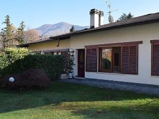 Nice House with Short Breaks Allowed and Long Term Rentals Allowed (over 1 Month) - Calde vacation rentals