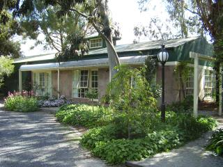 Lovely Condo with Internet Access and A/C - Yarra Glen vacation rentals