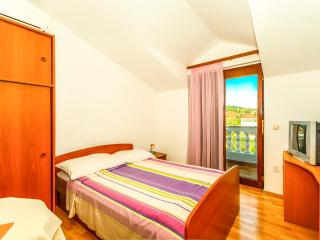 TH01418 Apartments Friganović / One Bedroom Cesta - Vodice vacation rentals