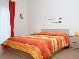 1 bedroom Bed and Breakfast with Internet Access in Porto Empedocle - Porto Empedocle vacation rentals