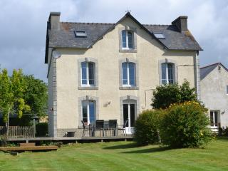 Large Farmhouse set in rural Brittany - Plonevez-du-Faou vacation rentals