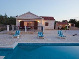 3 bedroom Villa with Internet Access in Supetar - Supetar vacation rentals