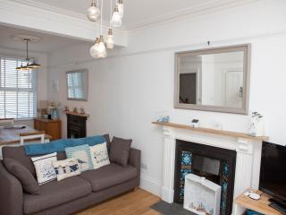 Sea Ayr - Contemporary Town House - Sleeps 8 with Parking For Two Cars - Saint Ives vacation rentals