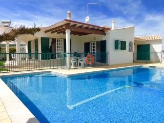 Adorable 6 bedroom Branqueira Villa with Internet Access - Branqueira vacation rentals