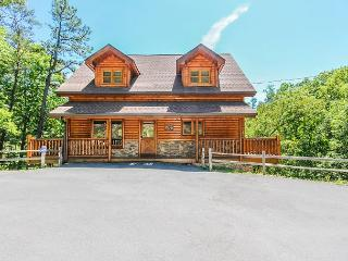 Changes in Latitude  Pool Table View Home Theater Hot Tub  Free Nights - Gatlinburg vacation rentals
