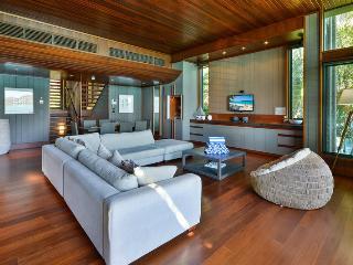 Comfortable 4 bedroom Condo in Hamilton Island with A/C - Hamilton Island vacation rentals