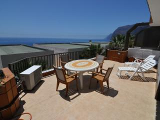 Beautiful Apartment in Los Gigantes - Santiago del Teide vacation rentals