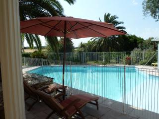 Les Cigalous, Camargue, chambre d'hôtes, piscine - Restinclieres vacation rentals