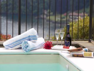 Balcone di Mezzegra - Mezzegra vacation rentals