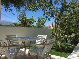 Almyrida apartment 4pers 100m de la plage,vue mer - Almyrida vacation rentals