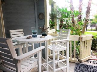 Beach front condo! 2 Pools with Hot Spa; Close to all attractions - Galveston Island vacation rentals