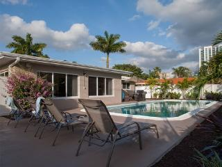 Coco Palm Escape: Walk to Ocean - Pompano Beach vacation rentals