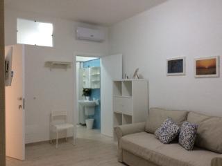 Romantic 1 bedroom House in Mola di Bari - Mola di Bari vacation rentals