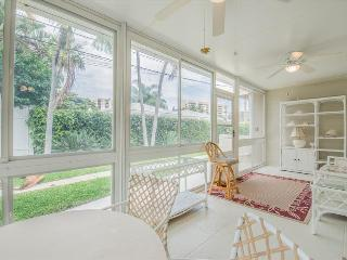 2 bedroom House with Television in Pompano Beach - Pompano Beach vacation rentals