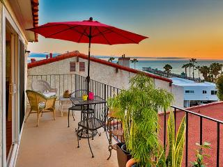 Amazing Location and Price - Ocean View, Walk to Beach and Restaurants - San Clemente vacation rentals