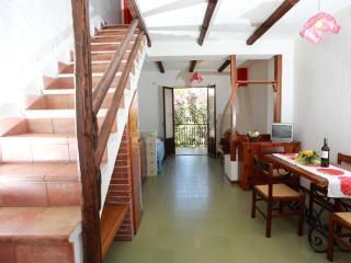 Cozy 3 bedroom Oliveri Resort with Internet Access - Oliveri vacation rentals