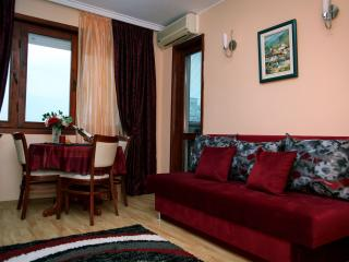 Romantic 1 bedroom Apartment in Varna - Varna vacation rentals