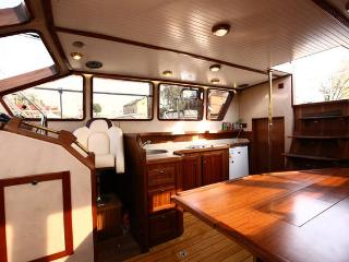 Sleeping on the yacht! - Roses vacation rentals