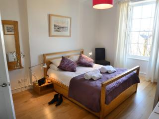 The Stylish City Break at The Edinburgh Address - Gayfield Square - Edinburgh vacation rentals