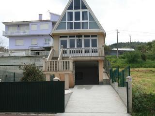 Cozy family friendly house on the beach - Cabana de Bergantinos vacation rentals