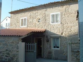 Charming stone house close to the beach in Laxe - Laxe vacation rentals