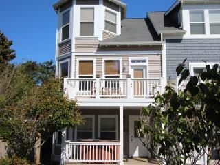 Ocean View 3 BR 3.5 Bath Hot Tub, Couples Retreat - Oregon Coast vacation rentals